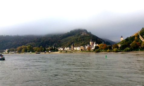 Coming up to Bacharach & Stahleck Castle on the hill, 10-18-14