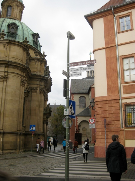 Walking through Würzburg, 10-20-14