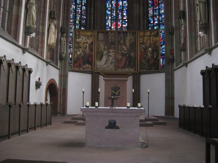 Closeup of the altar and paintings behind, 10-20-14