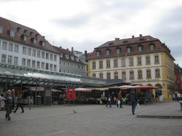 Marktplatz in Würzburg, 10-20-14