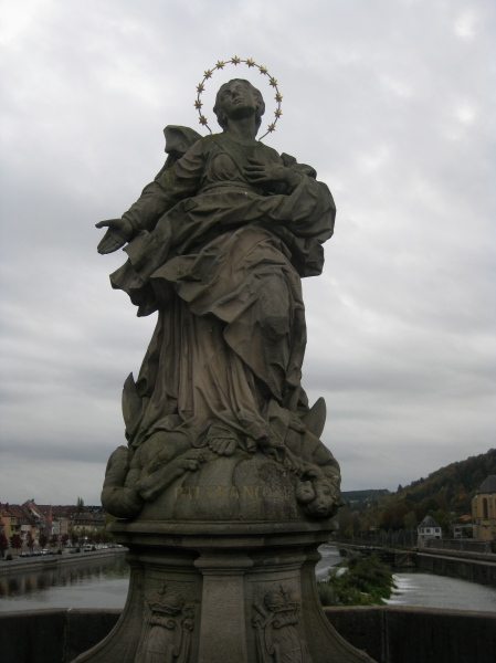 Patron Franconia statue on the bridge, 10-20-14