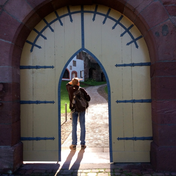 Through the yellow door into the castle courtyard, but that was as far as we could go today, 10-19-14