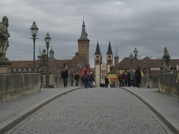 View from the bridge of the Rathaus (Old City Hall) on left, Cathedral in center), 10-20-14