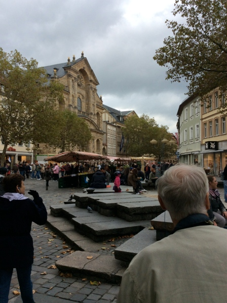Approaching the market square area, Grüner Markt, 10-21-14