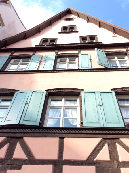 I liked the colors of this beautiful timbered building.