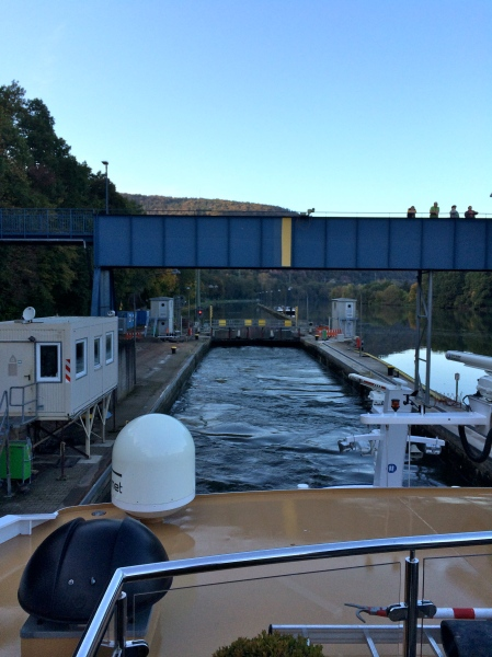 Entering a lock on the Main River, 10-19-14