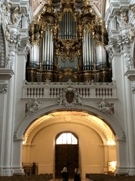 The largest cathedral organ in the world, 10-24-14