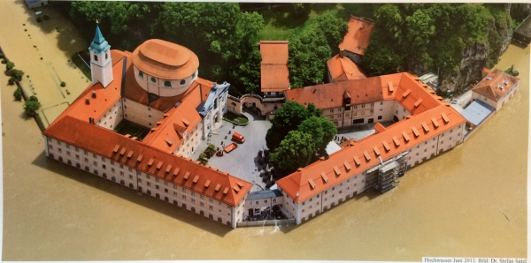 Photo of the flooded Abbey in June 2013 (from the Weltenburger Wirtshauus-Bladl brochure)