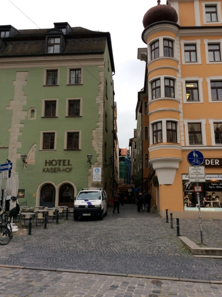 Hotel Kaiser-Hof on the left, & Hutkönig on right, 10-23-14