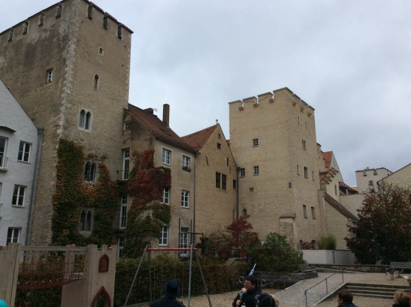 More patrician towers in a residential area, 10-23-14