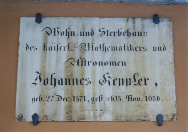 Plaque on the side of Kepler's house, (photo from w-volk.de)