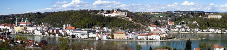 A panorama view of the city of Passau, (photo from Wikimedia.org)