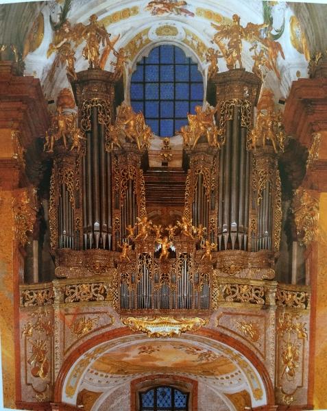 Abbey Church organ (photo from Abbey brochure)