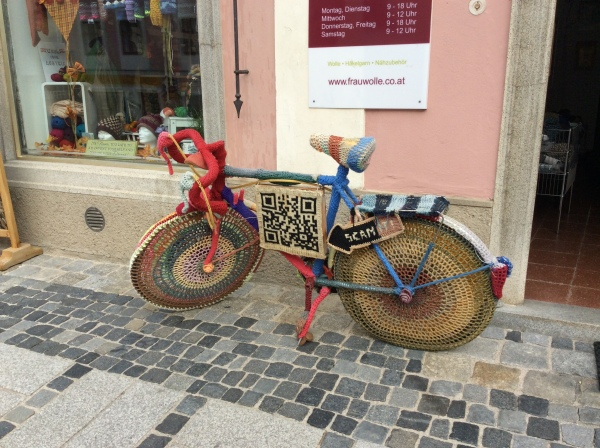 An interesting crochet-covered bicycle (10-25-14)