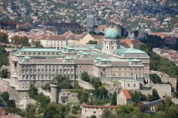 Buda Castle (photo from en.wikipedia.org)