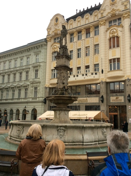 A last look at the Roland Fountain in front of the Hungarian Exchange Bank, (10-27-14)