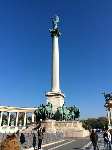 The Millenium Monument dominates Heroes Square (10-28-14)
