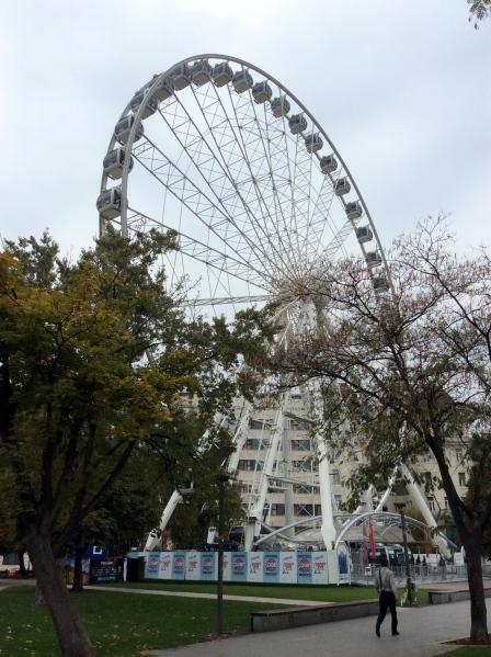 The ferris wheel at Erzsébet tér (10-30-14)